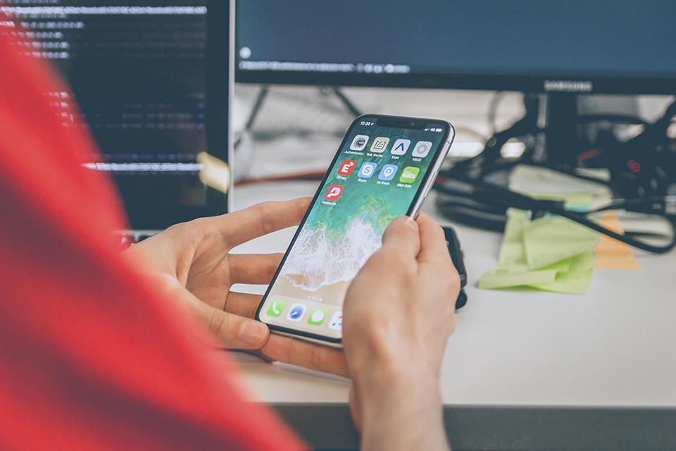 iPhone pode ganhar sensor de impressão digital sob a tela