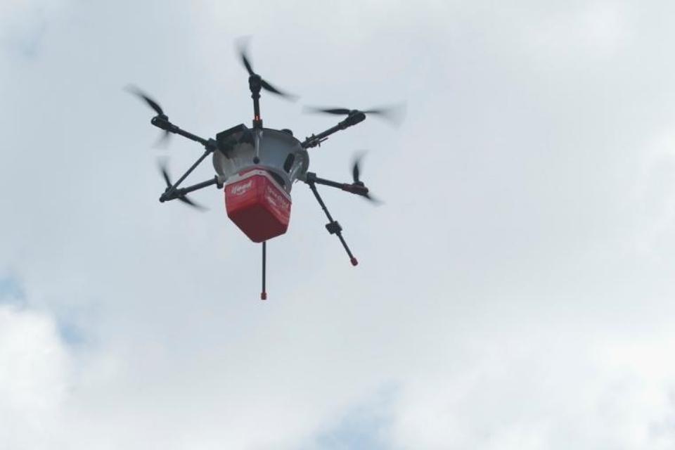 iFood entregará comida com drones em outubro