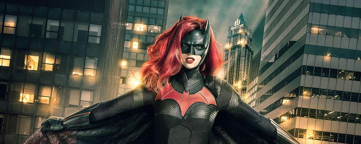 Batwoman: heroína pode ganhar filme no DCEU com Kristen Stewart