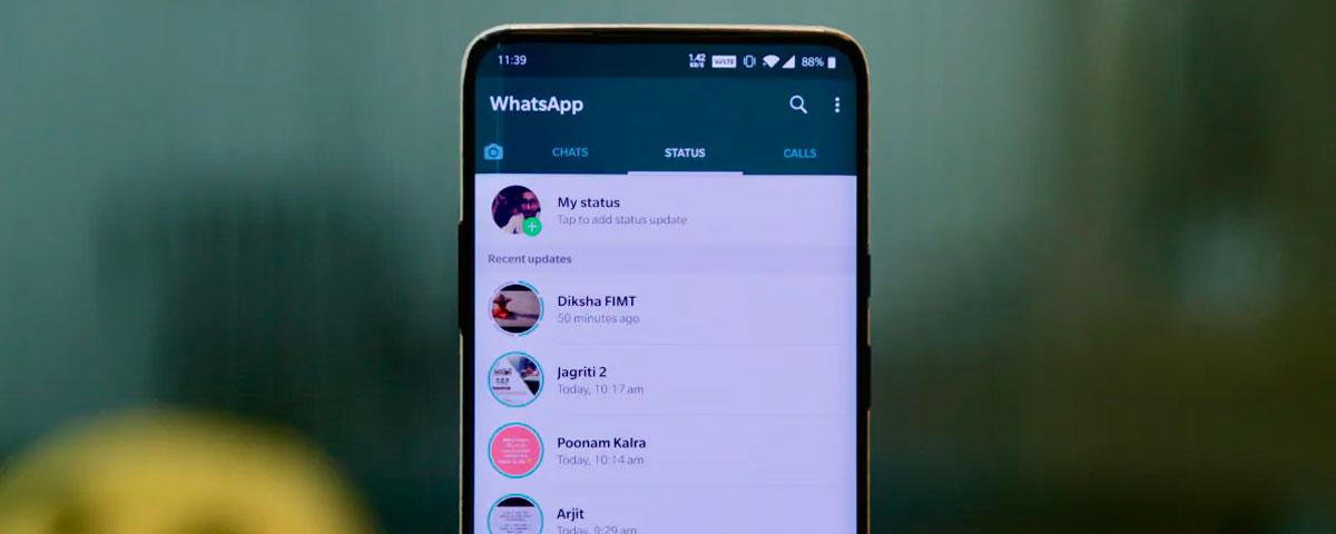 WhatsApp agora compartilha fotos e vídeos do Status no Facebook