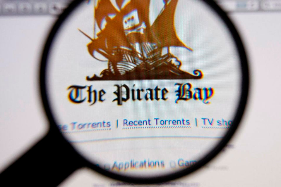 Facebook bloqueia compartilhamento de links do The Pirate Bay