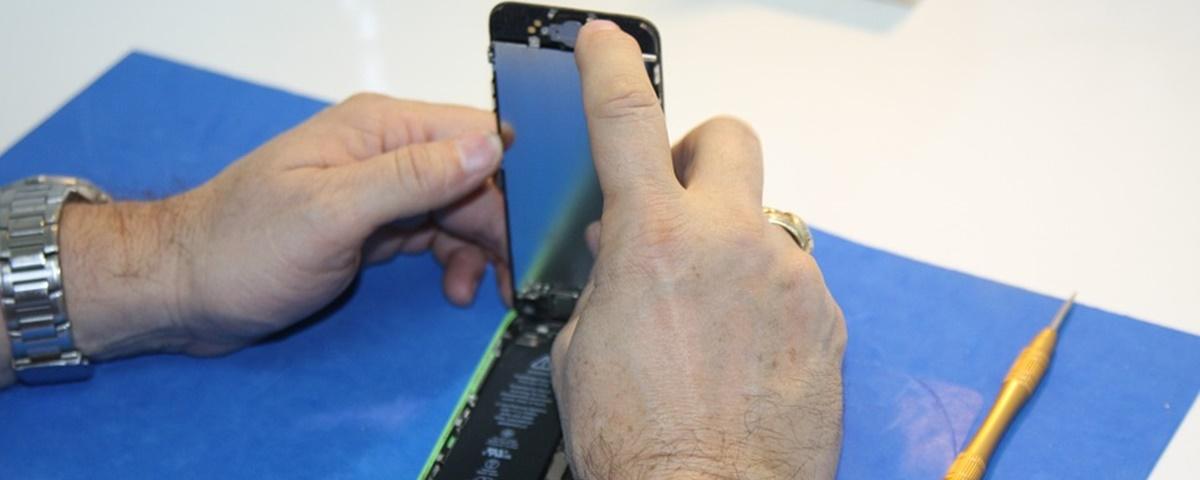 Imagem de: Assistências técnicas de celular movimentam 24 milhões de aparelhos por mês