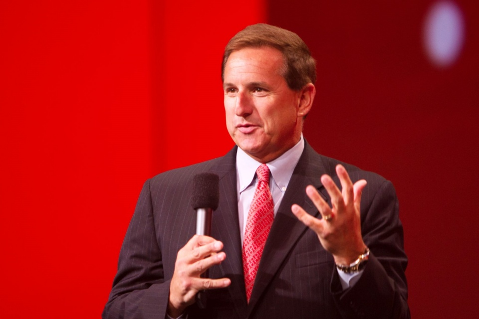 CEO da Oracle, Mark Hurd, morre aos 62 anos