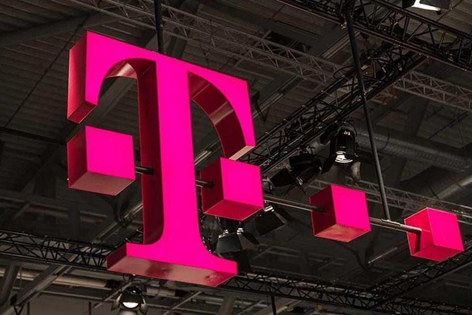 Governo dos EUA aprova fusão entre as gigantes T-Mobile e Sprint