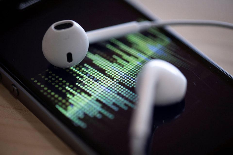 Consumo de podcasts no Brasil cresce 67% em 2019, aponta pesquisa