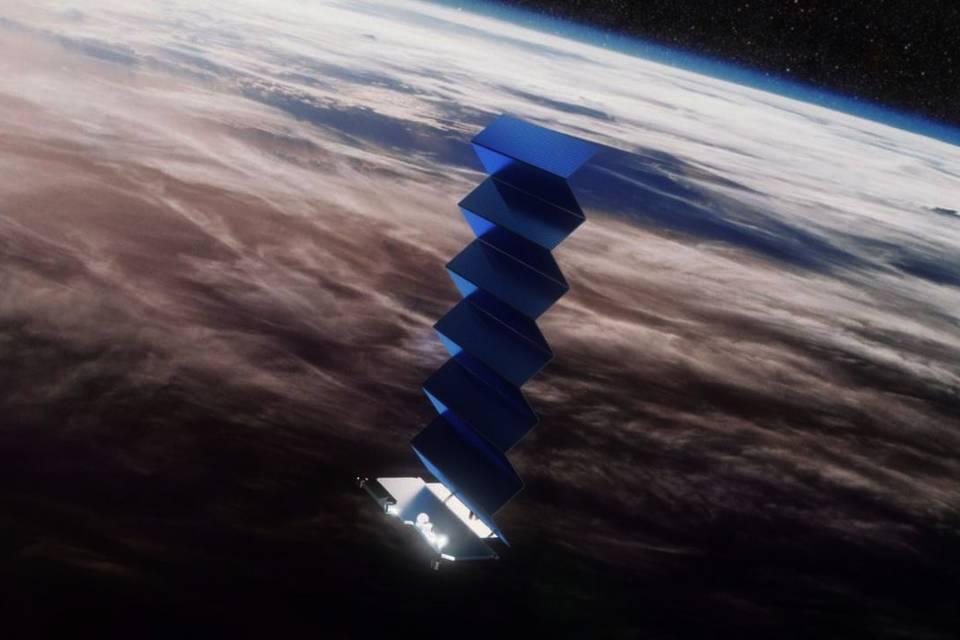 """""""Uau, funciona!"""": Musk publica 1º tweet usando sua 'internet espacial'"""