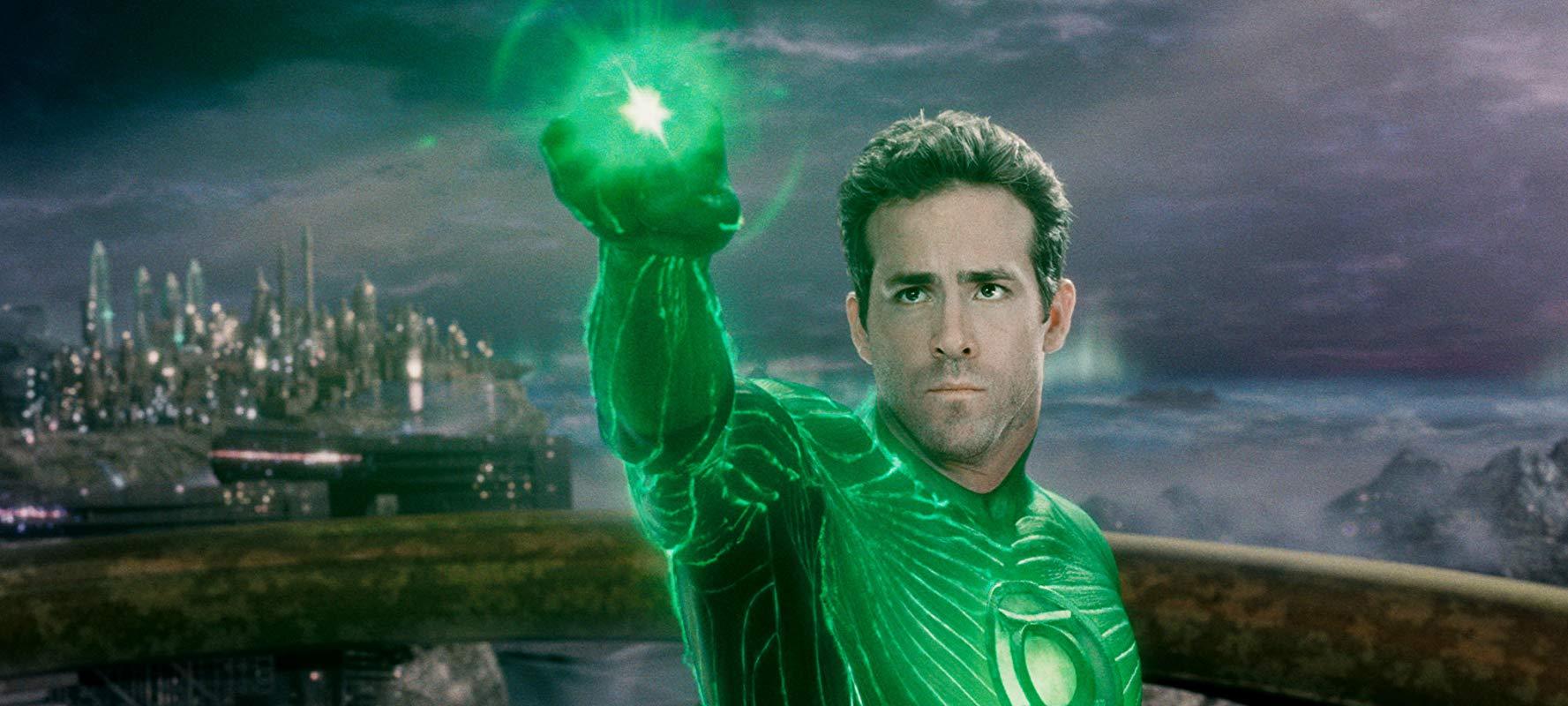 Ryan Reynolds em Lanterna Verde - 2011 (Fonte: IMDb/Reprodução)