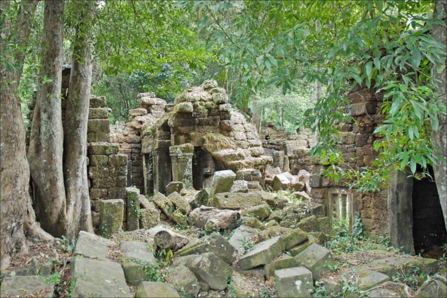 ruinas de templo do império Khmer