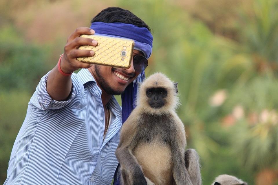 Como escolher a selfie perfeita para turbinar seu perfil no Tinder