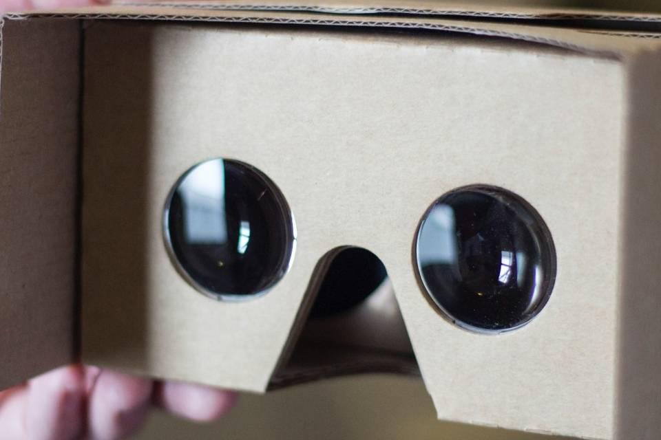 Google libera código do CardBoard, seus óculos VR de papelão