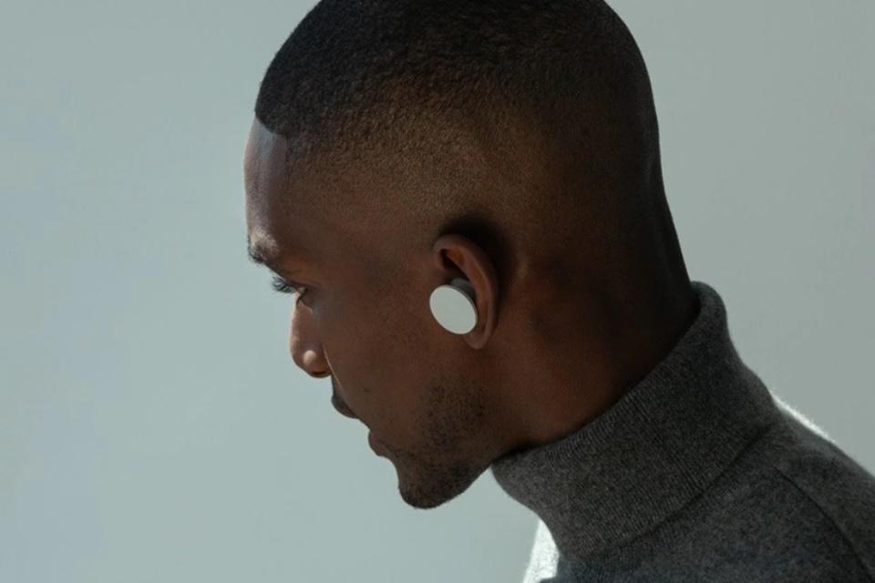 Microsoft adia chegada de fones sem fio Surface Earbuds para 2020
