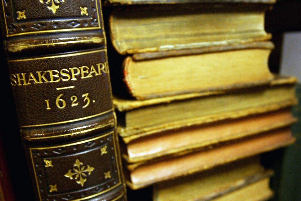 IA confirma que metade de uma peça de Shakespeare não é dele