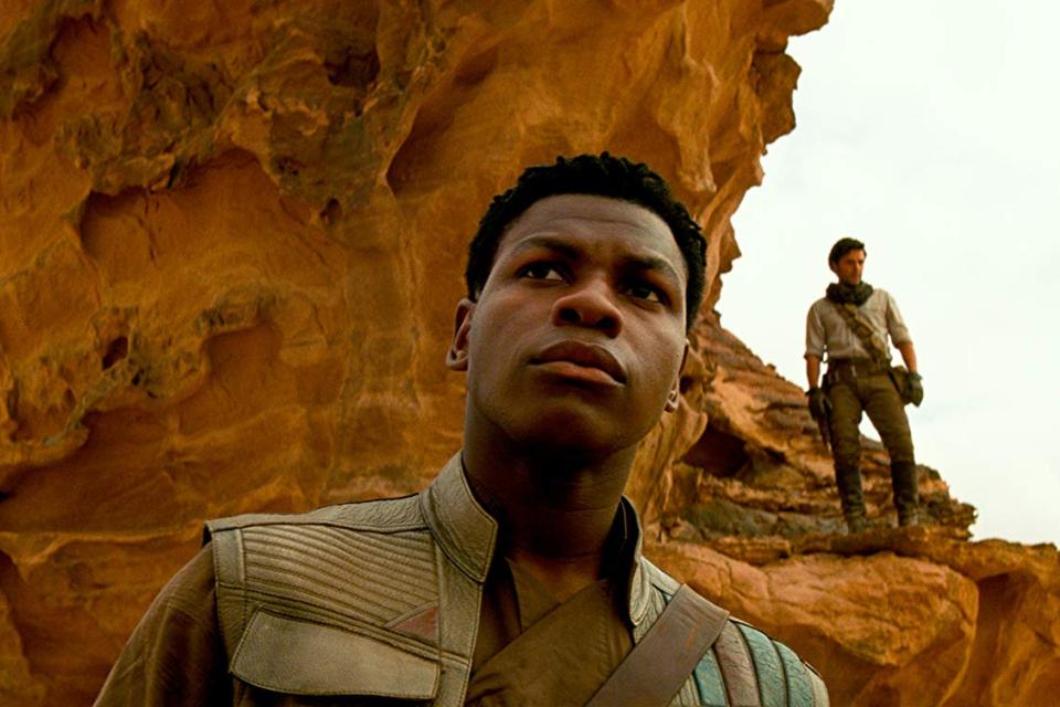 Star Wars: John Boyega admite culpa pelo roteiro que caiu na web