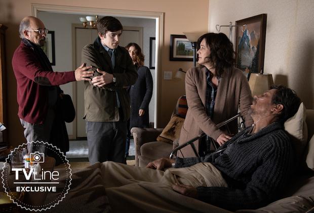 The Good Doctor: Shaun reencontra os pais em fotos da midseason finale