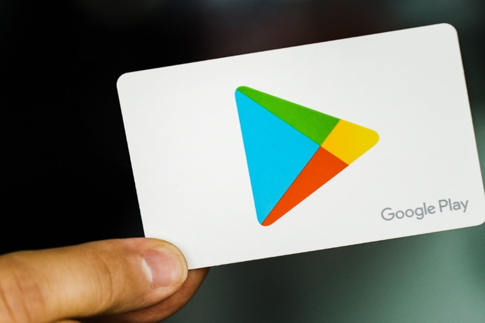 Google pode bloquear apps instalados fora da Play Store no Android