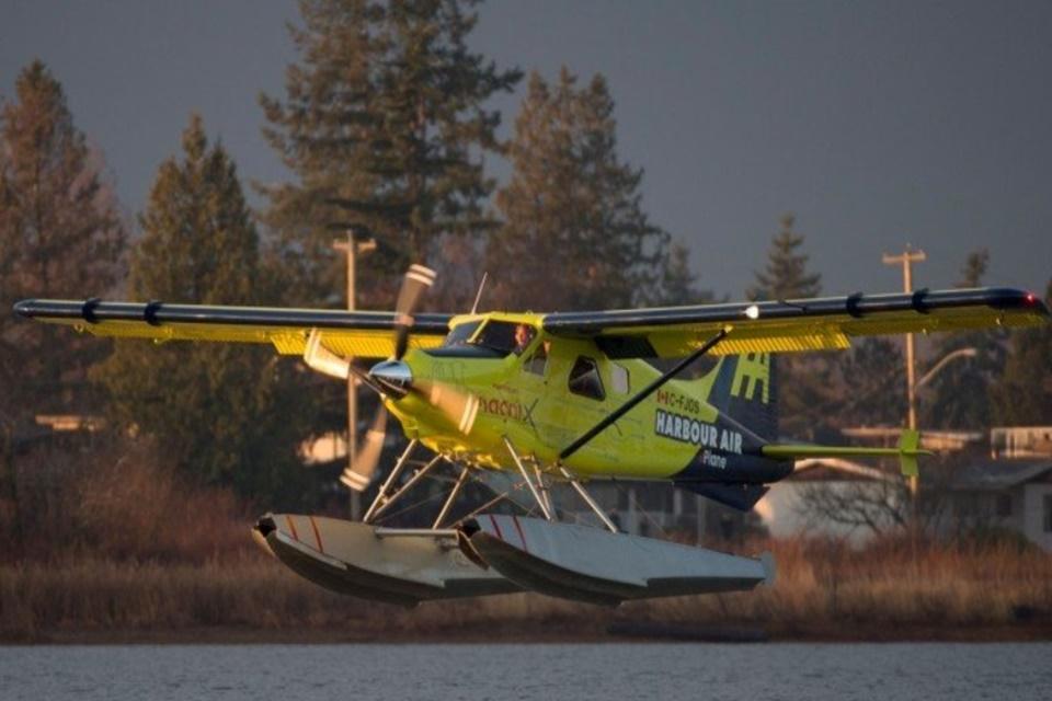Avião elétrico comercial faz 1º voo bem-sucedido no Canadá