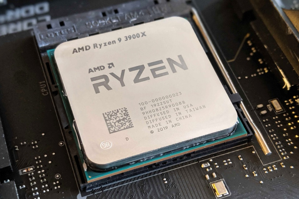 AMD Ryzen 9 3900X bate recorde de overclock com ajuda de nitrogênio líquido