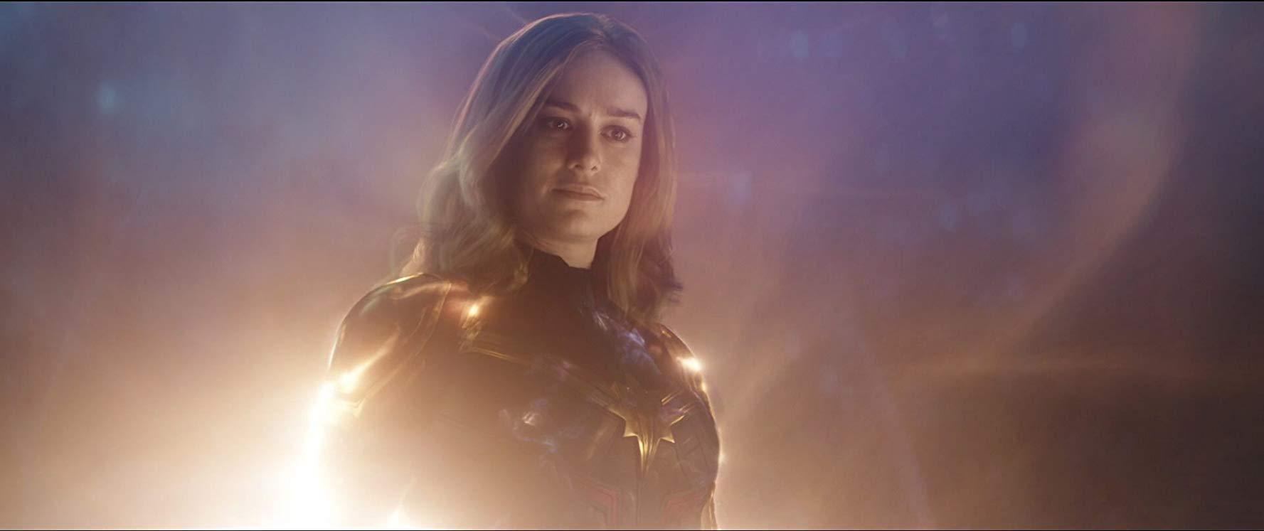 Vingadores: como Capitã Marvel poderia derrotar Thanos?