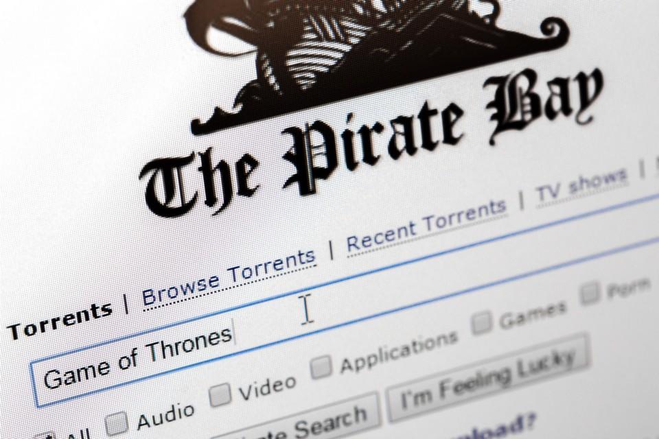 Guerra ao IPTV: SKY pede ao Google que derrube centenas de sites