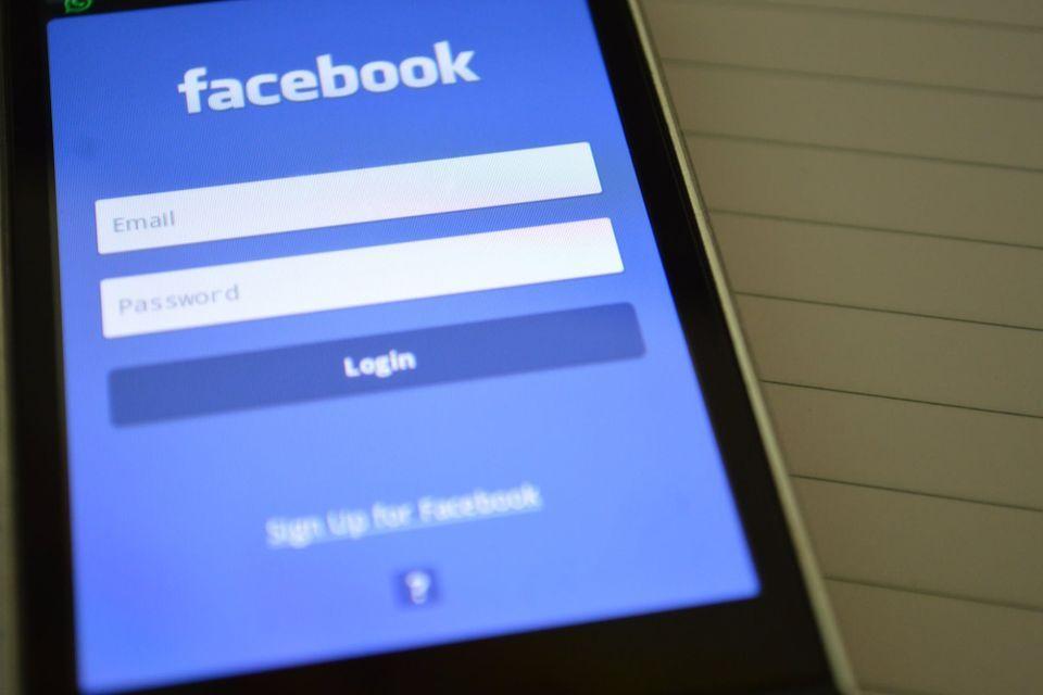 Facebook rastreia usuário mesmo com localização desativada