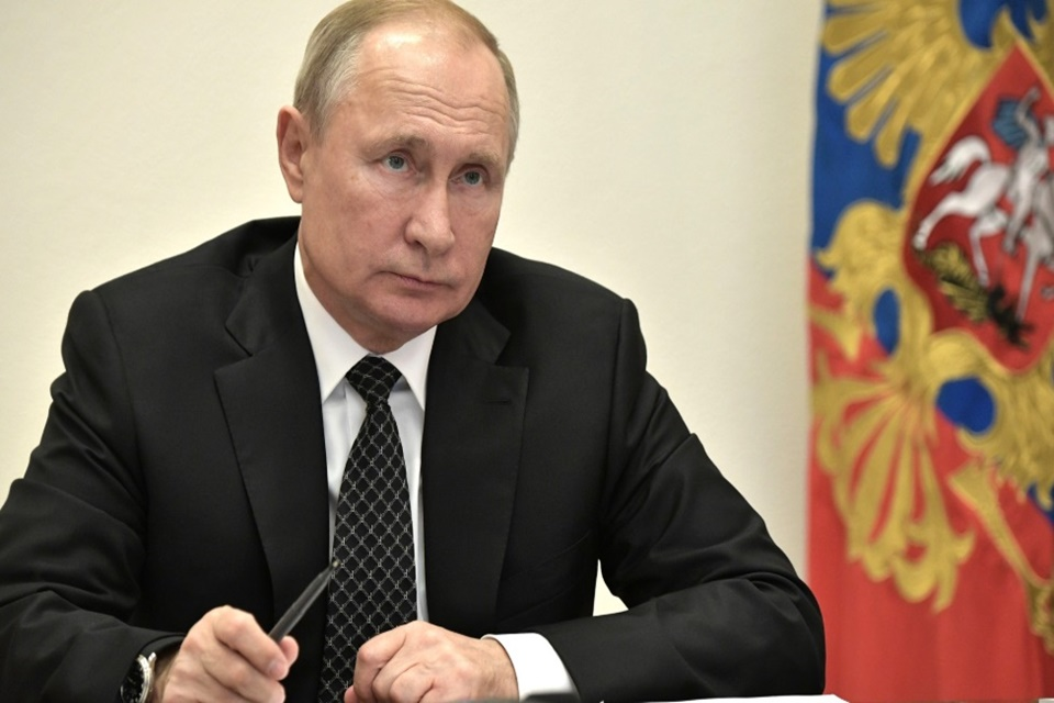 Vladimir Putin ainda usa o defasado e desatualizado Windows XP
