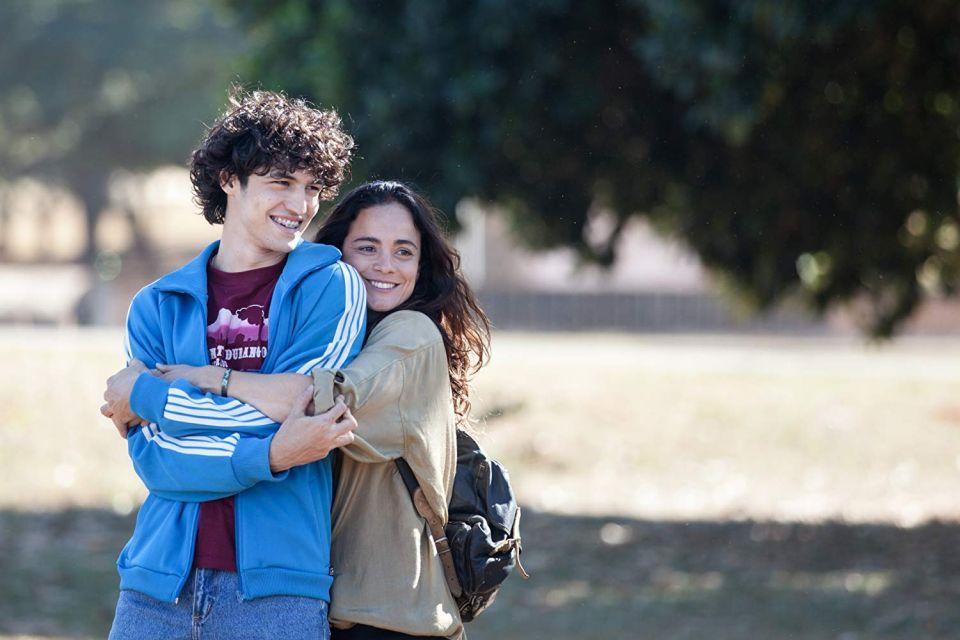 Filme Eduardo e Mônica ganha o primeiro trailer oficial; assista