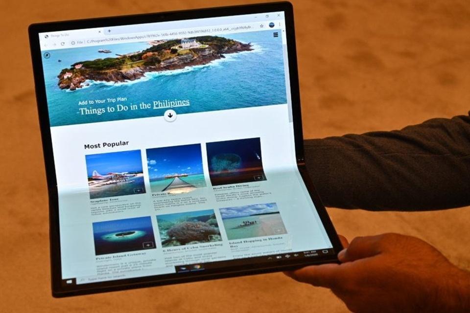 Intel apresenta novo protótipo de notebook dobrável que vira tablet
