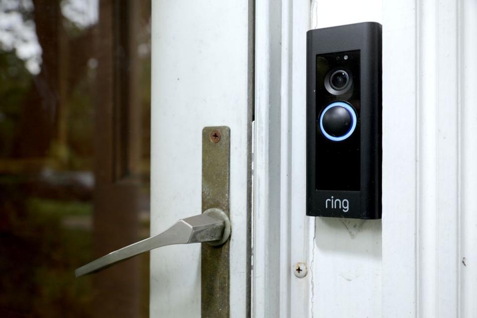Ring demite funcionários que espionavam vídeos de usuários
