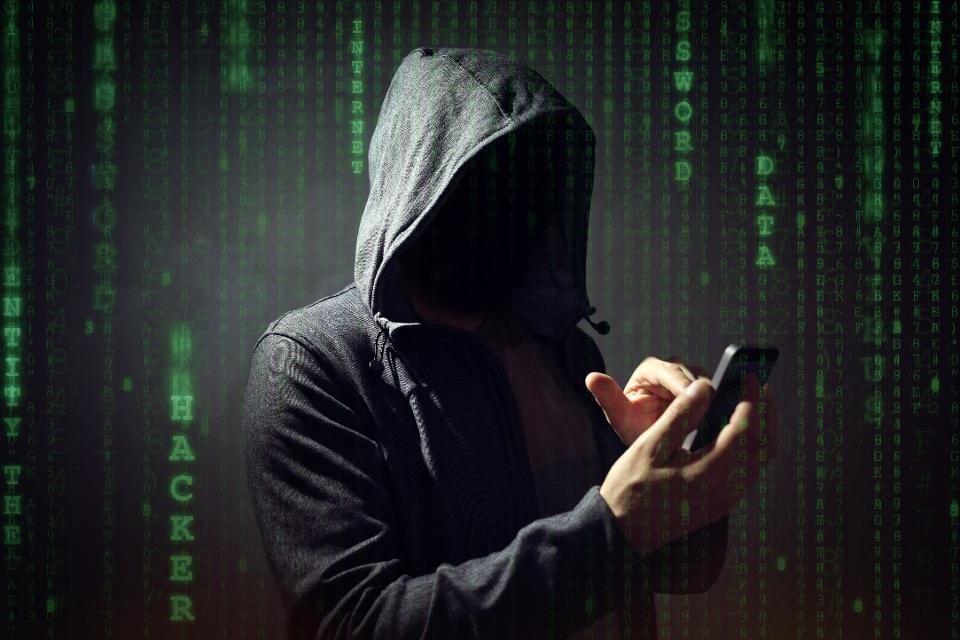 Malware é encontrado em celular subsidiado pelo governo americano