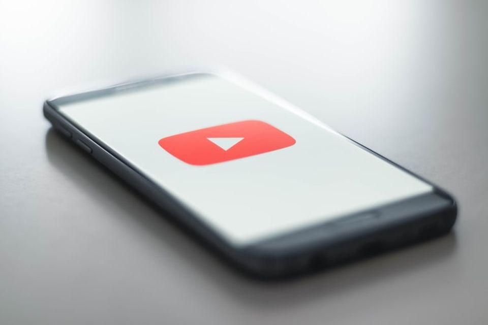 YouTube começa a liberar os cartões de perfil no app para Android