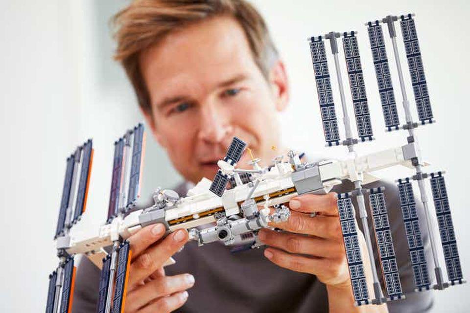 LEGO apresenta réplica da Estação Espacial Internacional