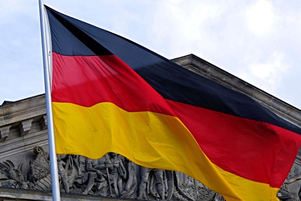 Alemanha não atualiza e terá que pagar US$ 880 mil para usar Windows 7