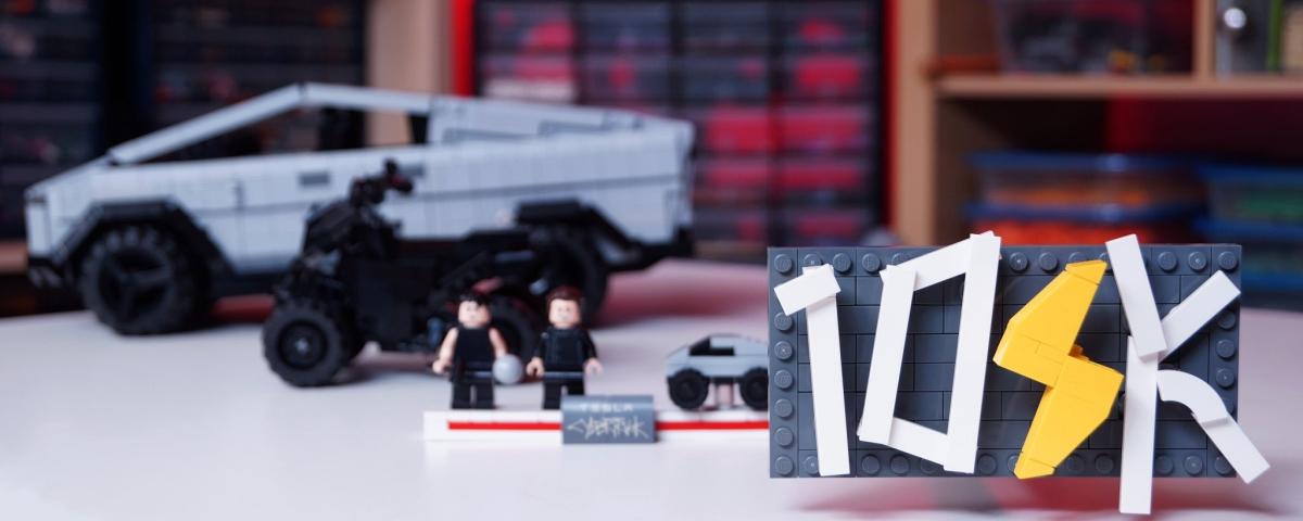 Tesla Cybertruck ganha versão LEGO em kit feito por fã