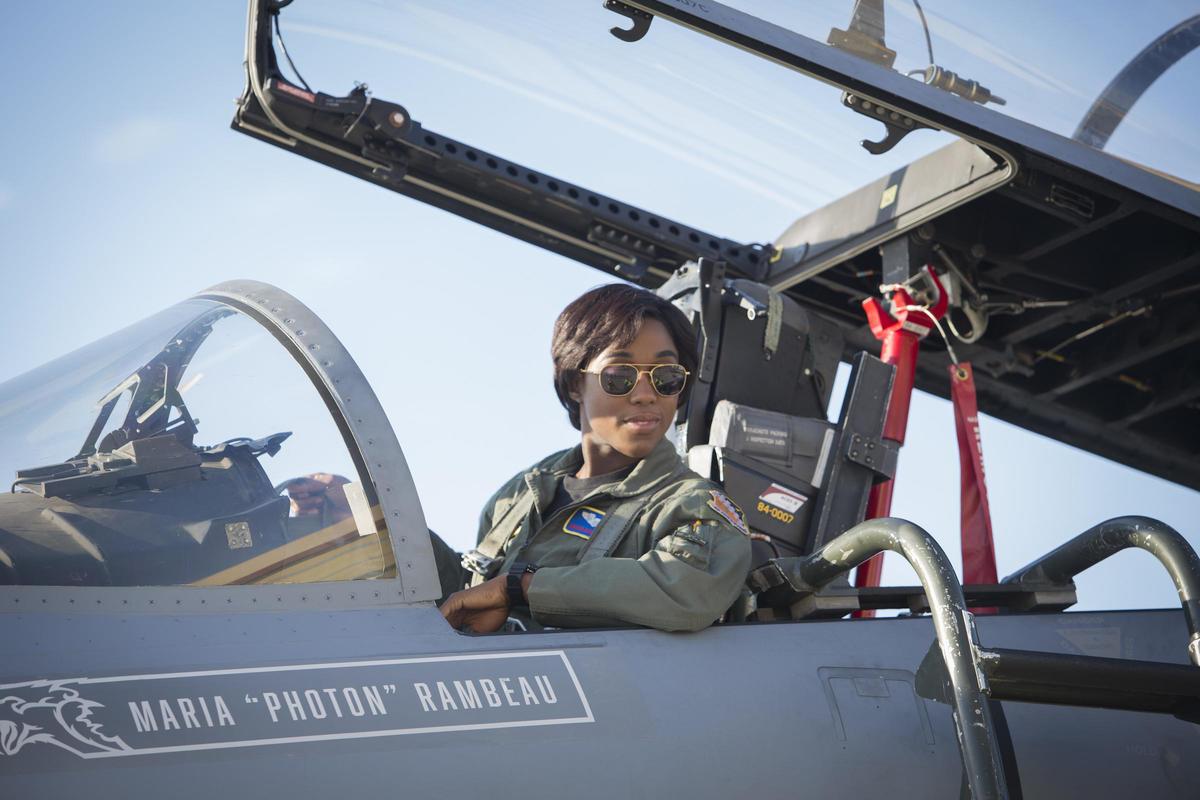 Petição pede que Capitã Marvel seja interpretada por atriz negra