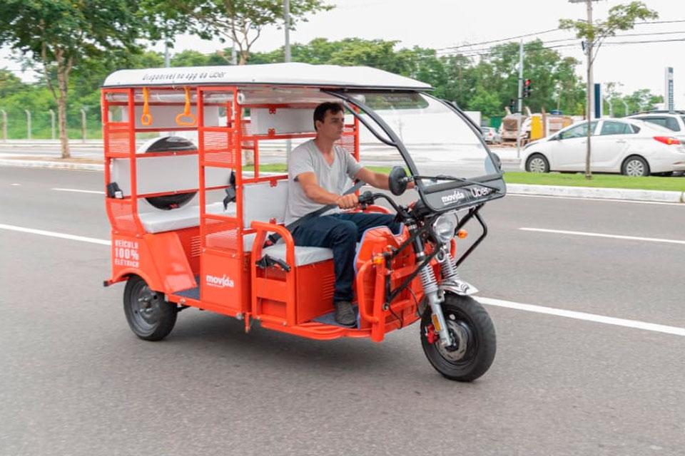 Uber agora oferece corridas de Tuk-tuk no Brasil