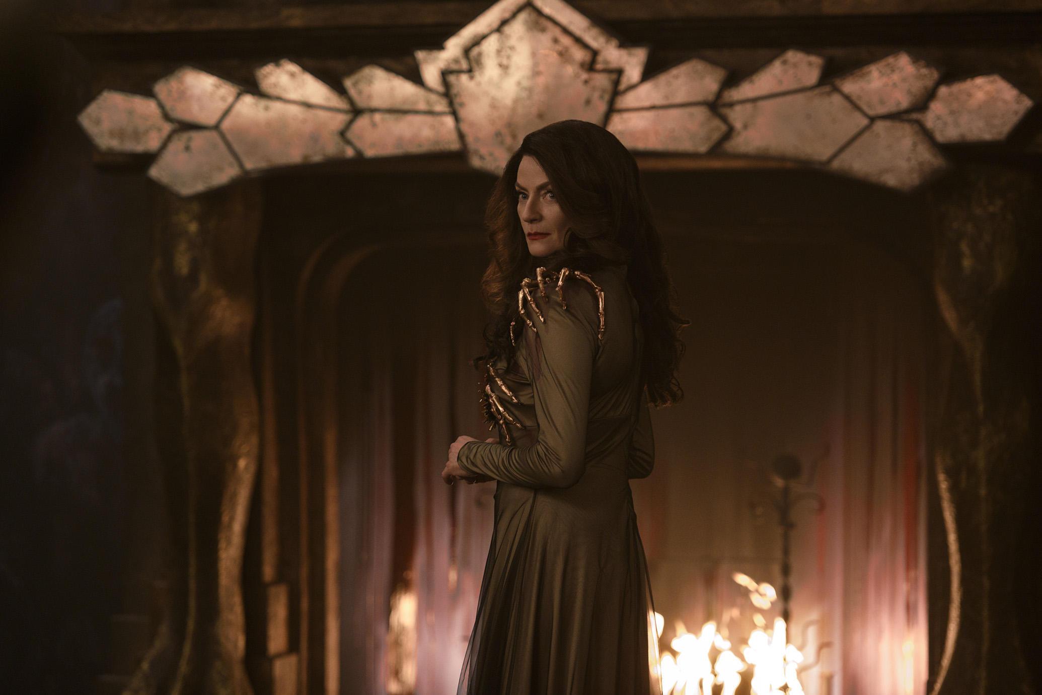 O Mundo Sombrio de Sabrina será uma versão demoníaca de The Crown