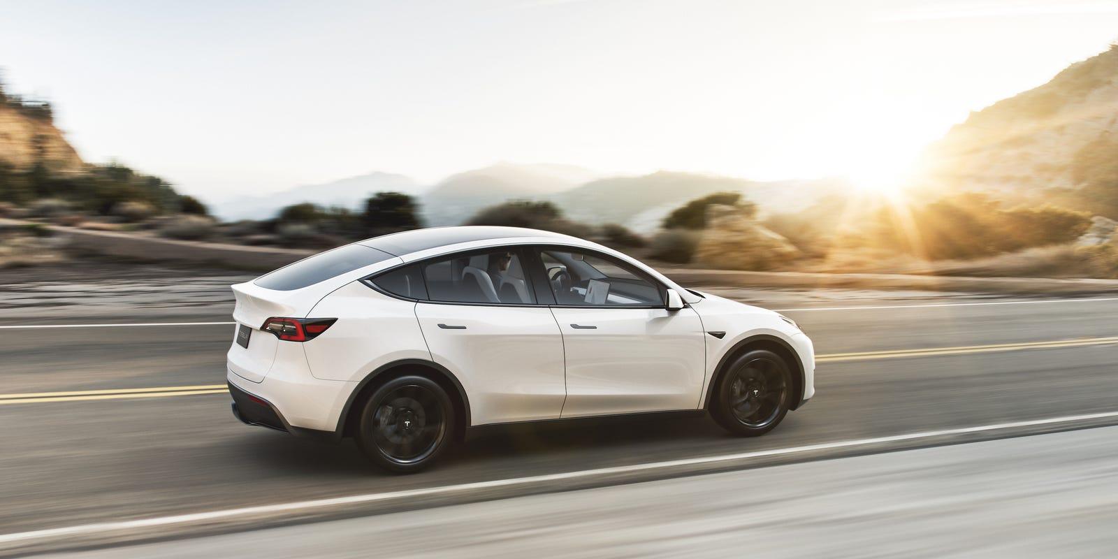 Tesla bate recordes de vendas e tem lucro de US$ 105 milhões
