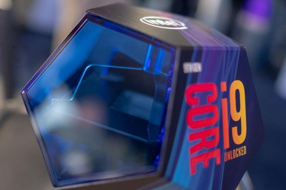 Intel Core i9-10900K aparece no 3DMark com boost clock de 5.1 GHz