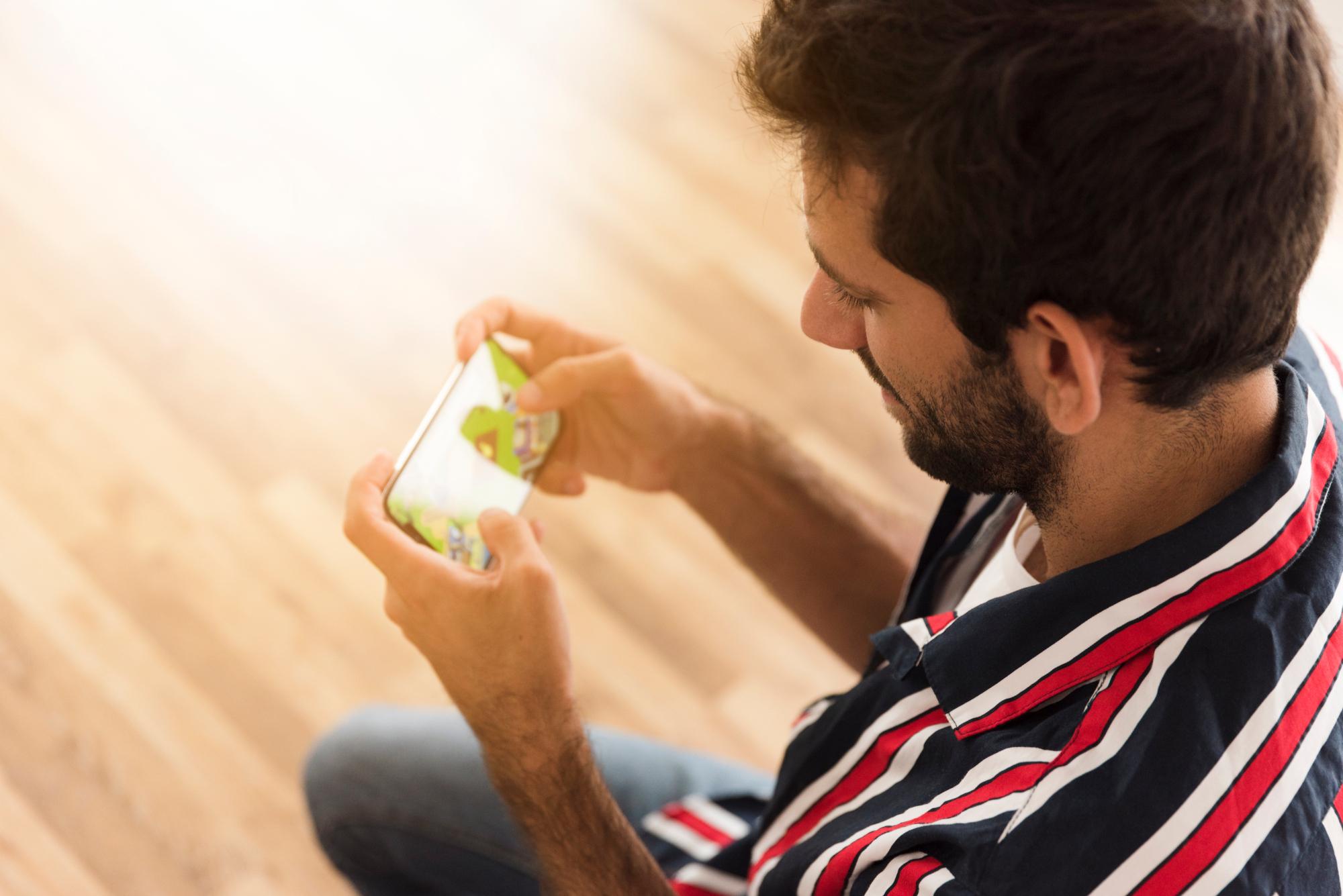 Jogar online no Brasil é 'aceitável' segundo pesquisa da Opensignal
