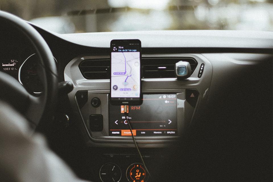 Uber: decisão inédita do TST aponta que motorista não é empregado