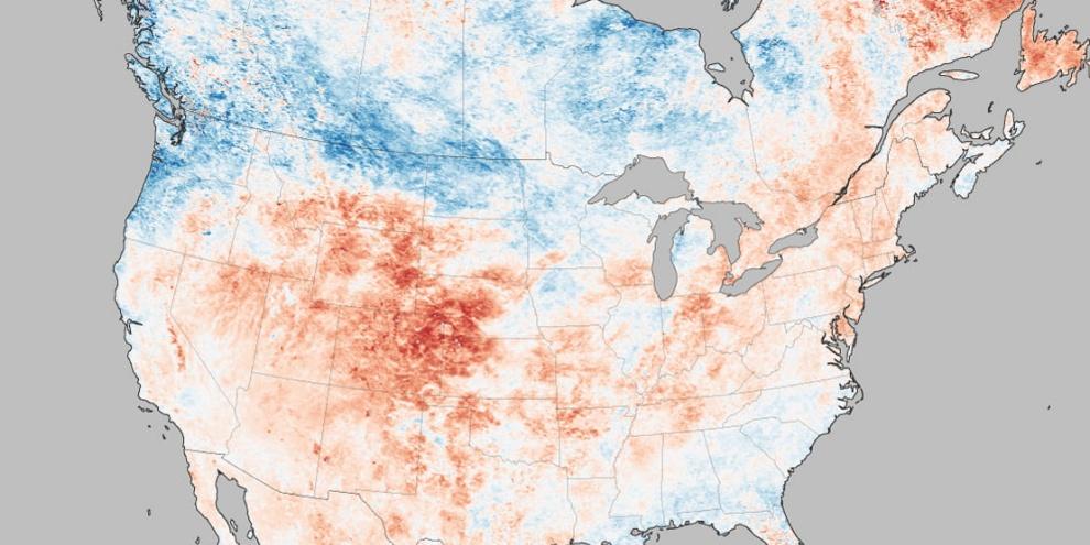 Um mapa baseado nas temperaturas da superfície dos EUA, medidas pelo satélite Terra da NASA durante uma onda de calor. (Fonte: J. Allen and A. Voiland/NASA Earth Observatory/Reprodução)