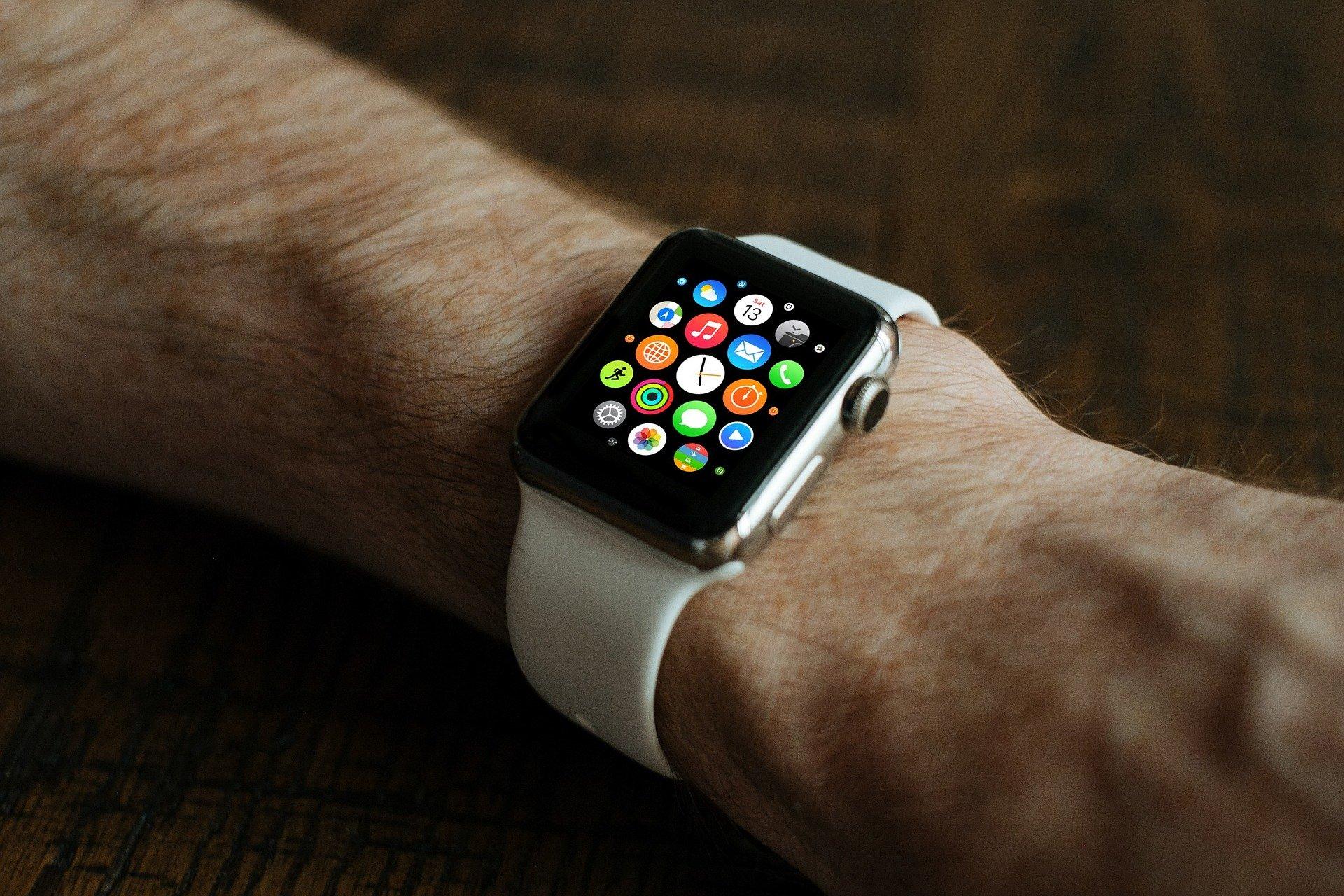Apple Watch é mais vendido que todos os relógios suíços juntos