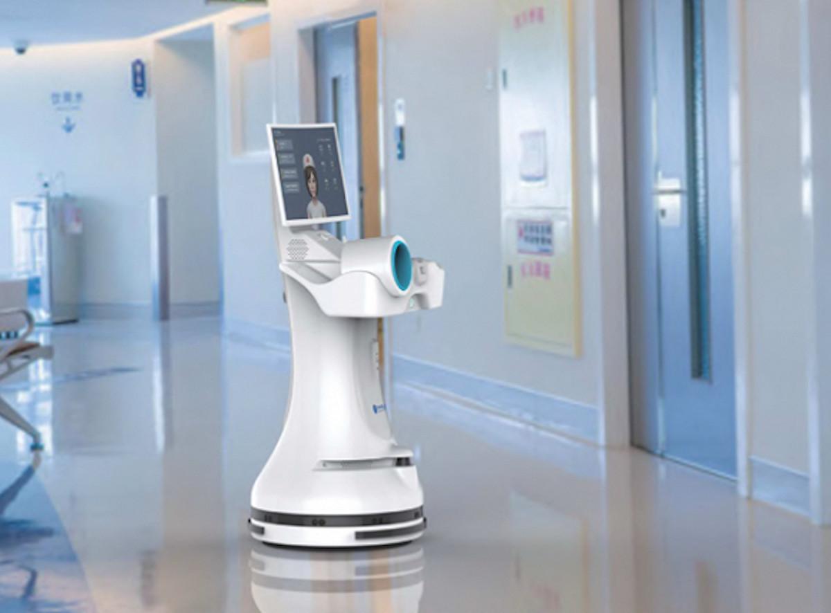 Robôs atendem pacientes com coronavírus na China