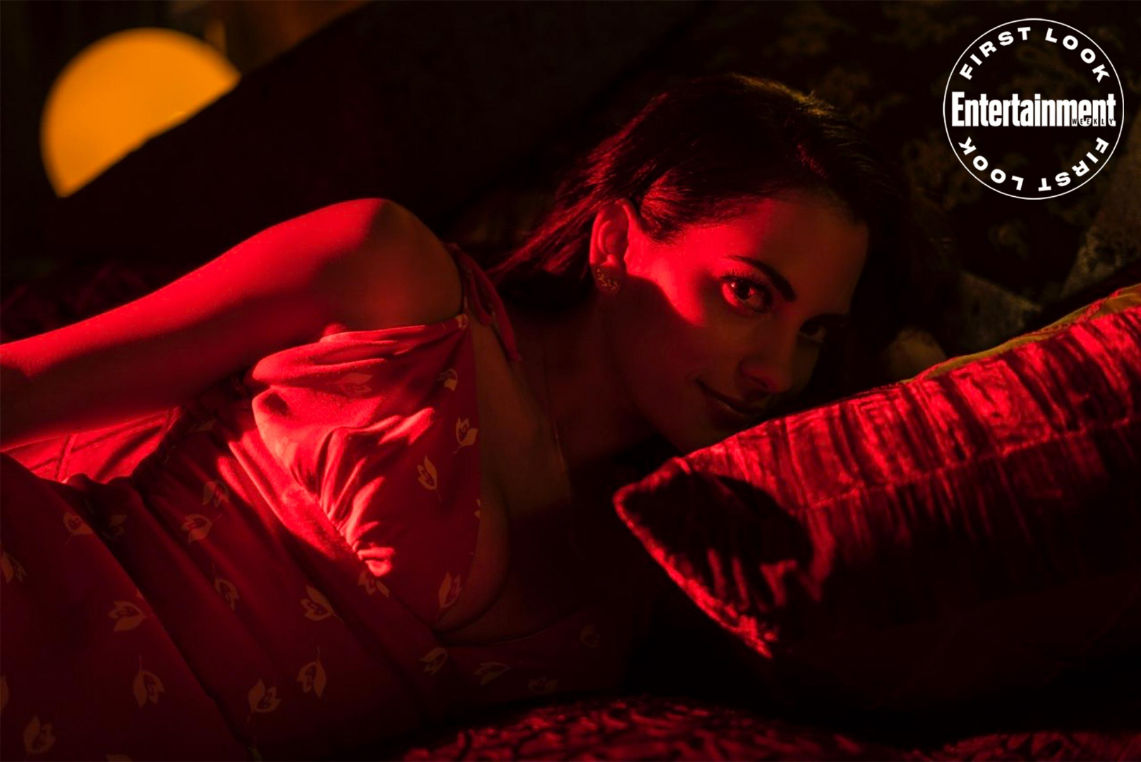 Lucifer: Inbar Lavi aparece em imagem oficial da 5ª temporada