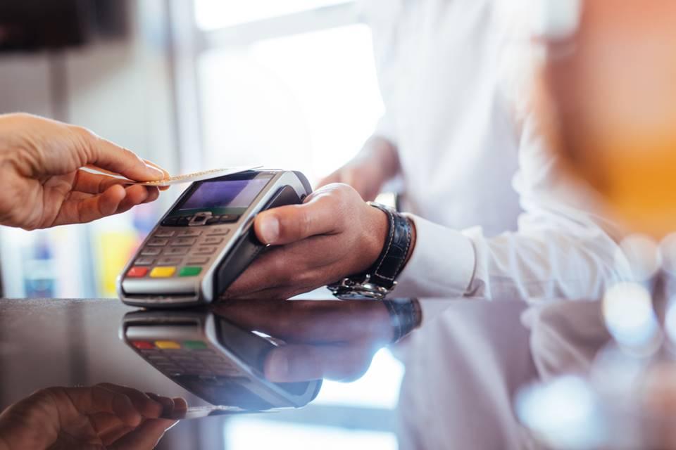Desative o pagamento por aproximação NFC se for pular Carnaval