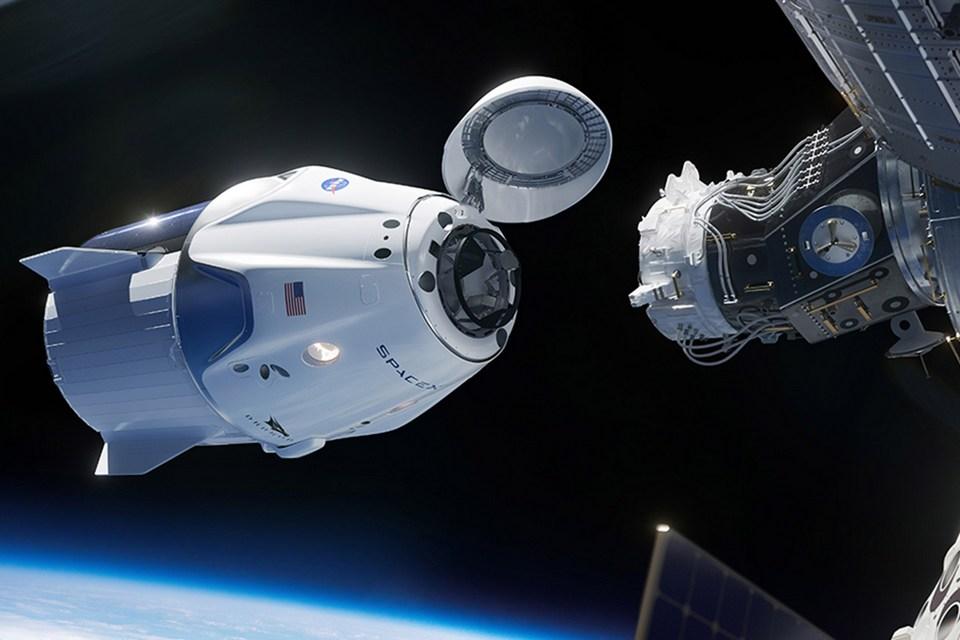 NASA diz que SpaceX deve levar primeira missão tripulada à ISS