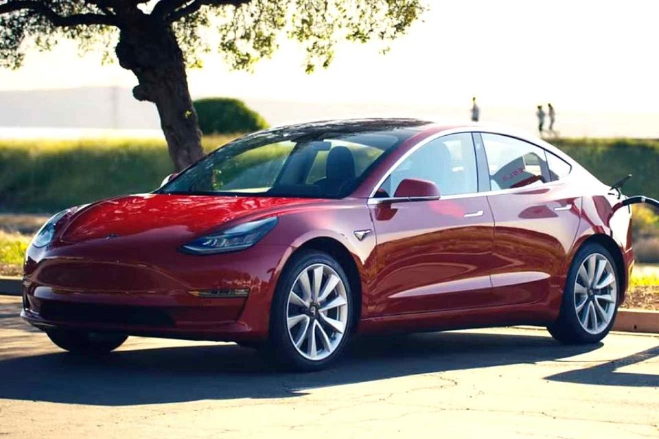 Carros da Tesla são os preferidos dos consumidores, diz pesquisa