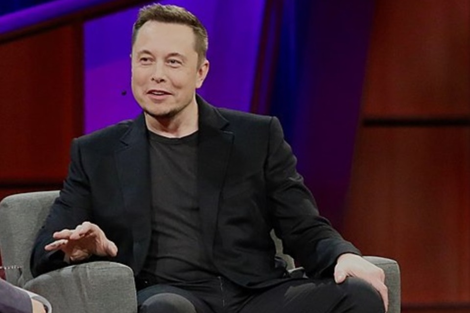 Toda organização que desenvolve IA deve ser regulada, diz Elon Musk