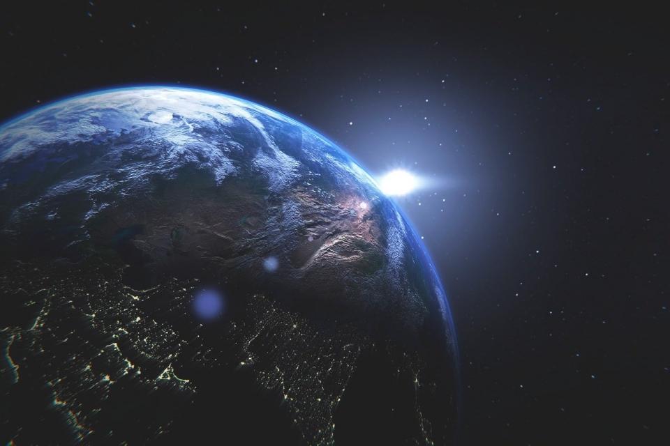 Nova minilua da Terra é 'capturada' em cores; veja