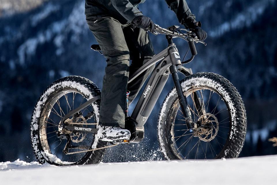 Bicicleta elétrica da Jeep já está à venda; 65 km de autonomia